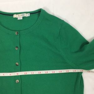 Boden Sweaters - Boden Favourite Crop Crew Neck Cardigan 🌿